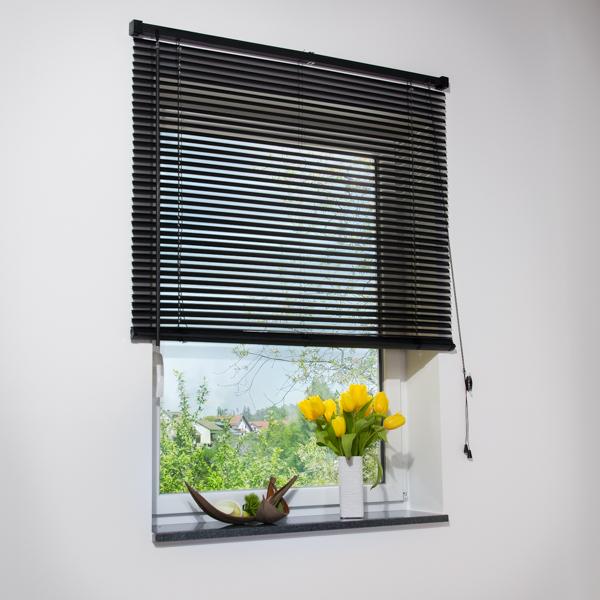 jalousie kunststoffjalousie pvc schalusie jalousette t rrollo rolladen schwarz ebay. Black Bedroom Furniture Sets. Home Design Ideas